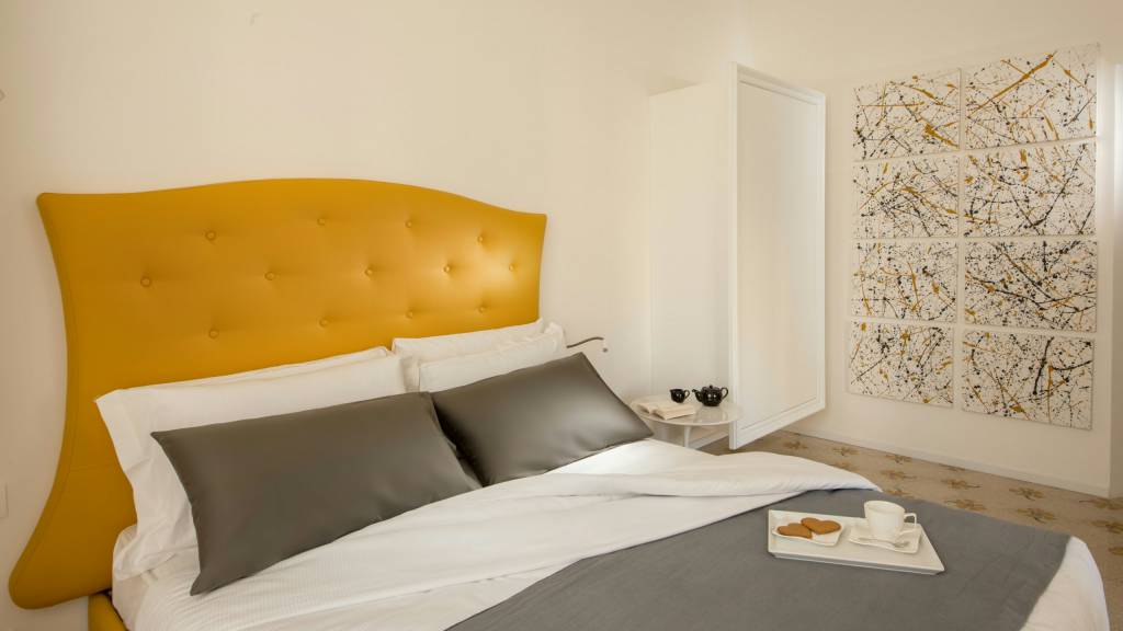 Belli-36-Rooms-Roma-room-12