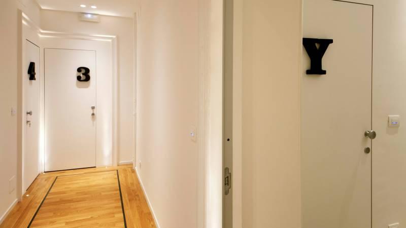 Belli-36-Rooms-Roma-hallway