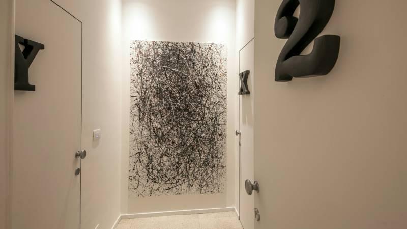 Belli-36-Rooms-Roma-hallway-1